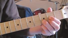 Vị trí ngón tay khi chơi hợp âm Guitar