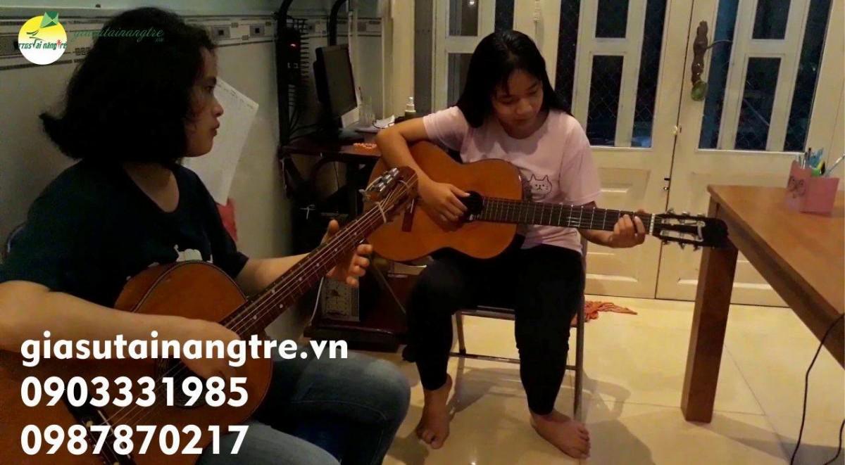 Học đàn Guitar tại quận 5