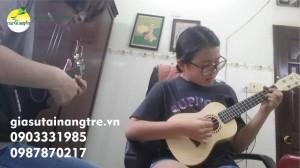 Học đàn Guitar tại quận 6