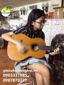 Học đàn Guitar tại quận 9